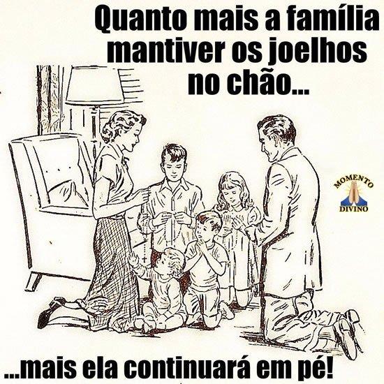Família que ora